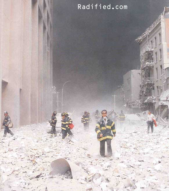 9/11 Photos: 11 Iconic Images From Sept. 11 and Its Aftermath