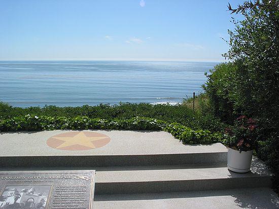 Ocean View Meditation Gardens Self Realization Fellowship Encinitas California